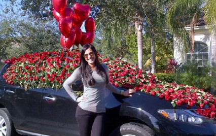 Gaby Espino celebró su cumple a golpe de rosas